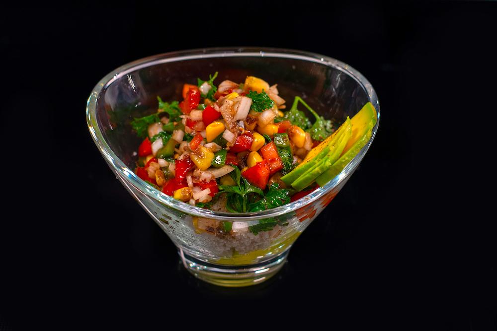 Salade de fonio de la chef Olivia de Souza dans Recettes d'Afrique